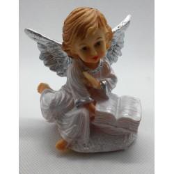 Aniołek z książką - żywica